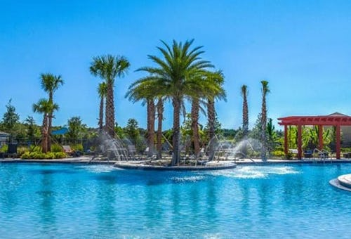 Why People Are Moving to Sun City Center